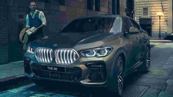 The new X6 sports a significantly larger BMW Kidney Grille with an optional Illuminated Kidney Grille – a first-ever for BMW.
