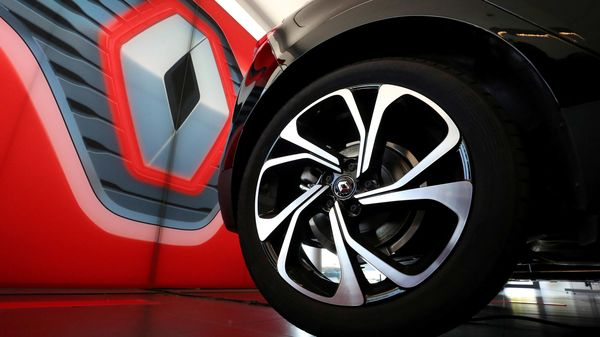 Renault thinks imports of Chinese electric cars in Norway will pose a ferocious threat to its prospects in a growing EV market. (REUTERS)