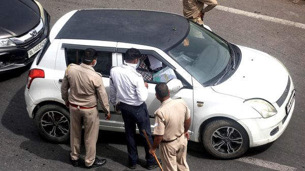 A PIL filed in Delhi High Court seeks Delhi Traffic Police to waive the e-challans issued against coronavirus warriors. (ANI)