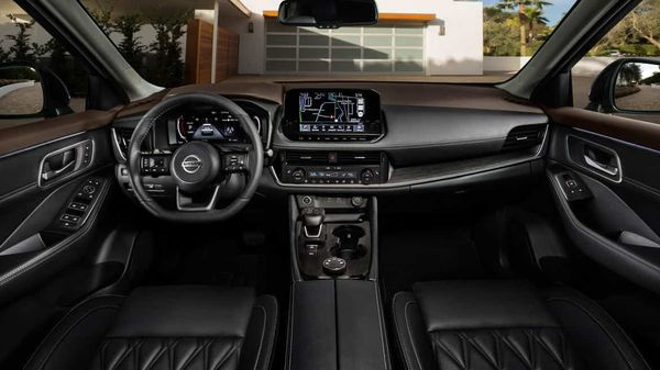 The dashboard combines a 12.3-inch digital dashboard, the largest 10.8-inch heads-up display in its class, and a 9.0-inch touch screen.