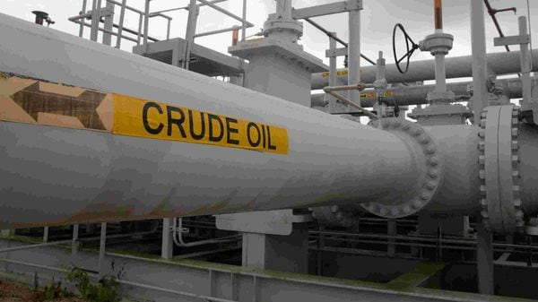 About 49 million barrels of oil are scheduled to arrive next month from the US, compared with 27 million barrels each in May and June, figures from Vortexa Ltd. show. (Image used for representational purpose) (REUTERS)