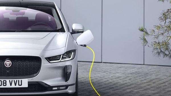 I-Pace now comes with an 11 kW on-board charger as standard, an upgrade from the 7 kW on-board charger offered earlier. When charging on the go, a 50 kW charger will add up to 63 km in 15 minutes, whilst a 100 kW charger will add up to 127 km over the same period.