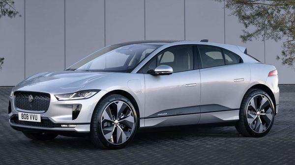 Jaguar Land Rover has taken the covers off the 2021 Jaguar I-Pace. The all-electric SUV has now become smarter, better connected and gets a faster charging option.