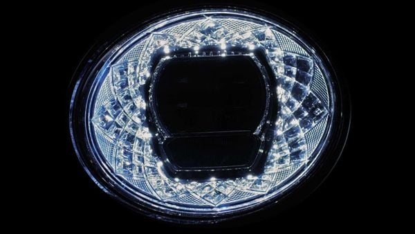 Design of the new LED headlight that the Bentley Bentayga SUV is going to sport.