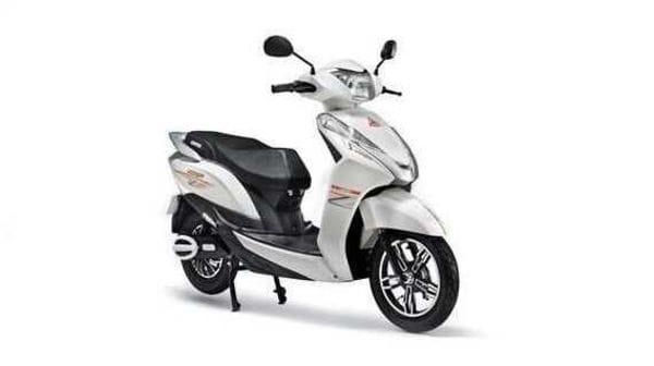 Ampere Magnus 60 scooter