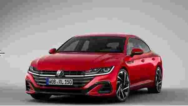 In the new facelift sedan, headlamps are now practically linked with a new thin strip of LED light running through the revamped grille on which the Volkswagen badge sits. The bumper has also changed.