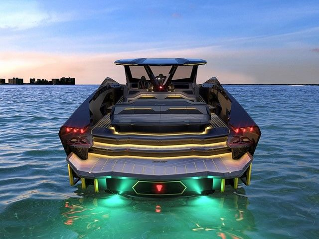 The bow lights are a homage to the Lamborghini concept car Terzo Millennio and to the Sián FKP 37, both distinctive for their Y-shaped front lights.