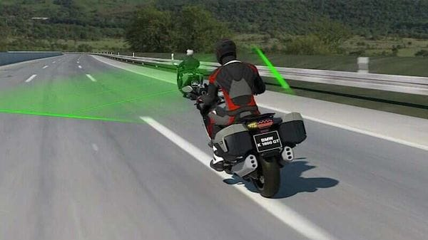 BMW Motorrad is developing the new Active Cruise Control rider assistance system with Bosch.