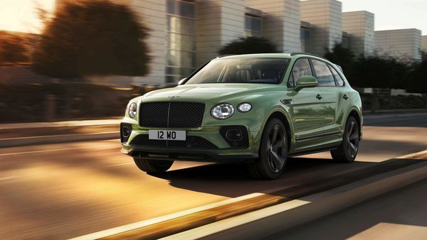 The facelift model will initially be launched in Bentayga V8 guise, with the plug-in Hybrid and W12-powered Speed versions to follow this year. The V8's 4.0-litre, twin-turbocharged petrol engine develops an impressive 542 bhp and 770 Nm of torque.