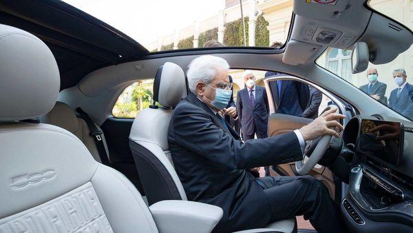 Italian President Sergio Mattarella inside a Fiat 500 electric hatchback. (Phot courtesy: Twitter/@quirinale)