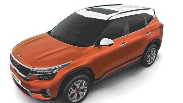 The updated Kia Seltos offers dual-tone colour scheme.