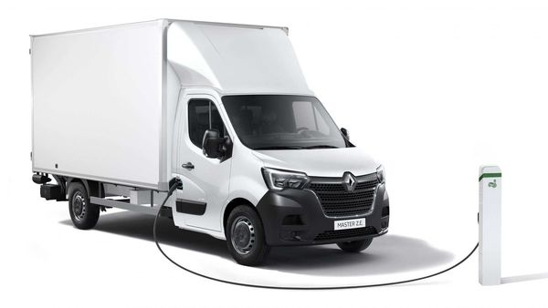 Renault has launched new variants of the Master ZE fully electric transport vans.