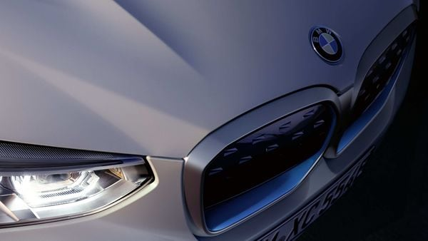 BMW has said that the new iX3 will be powered by a 74 kWh battery and will have a range of more than 440 km. (Photo courtesy: Twitter/@BMWi)