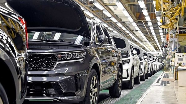 The fourth-generation Kia Sorento with hybrid powertrain was launched in March this year.