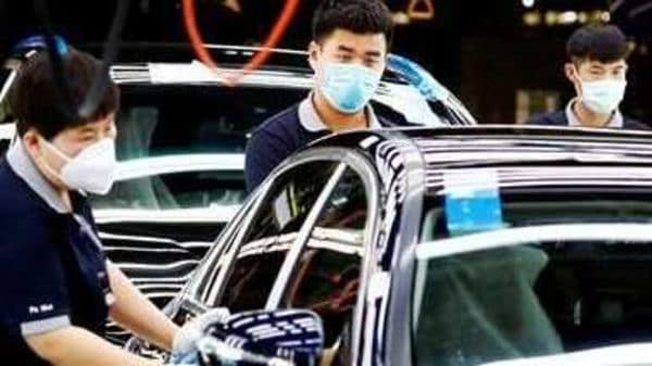China is considering mandatory in-car air quality regulations to protect the health of drivers.