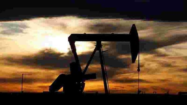 FILE PHOTO: The sun sets behind a crude oil pump jack on a drill pad in the Permian Basin in Loving County, Texas. (REUTERS)