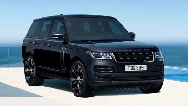 The RangeRover and Range Rover Sport get updates for 2021 with a twin-turbo, mild-hybrid straight-six diesel from the Ingenium family to replace the V8 diesel.