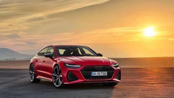 Audi RS 7 Sportback is powered by a V8 twin-turbo 4.0L TFSI petrol engine.