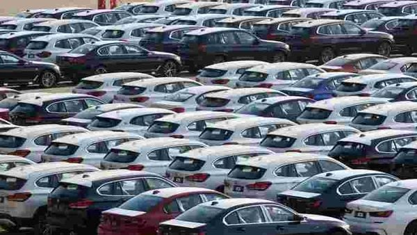 Domestic sales in the June 2020 quarter plunged 75.49 per cent to 14,91,216 units as compared to 60,84,478 vehicles sold in the first quarter of 2019-20, said SIAM. (Representational photo) (REUTERS)