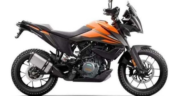 KTM 390 Adventure has the same 373.2cc single-cylinder motor in its core as the one in 390 Duke.