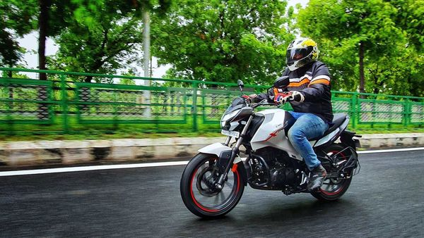 Hero Xtreme 160R. Picture Courtesy: Sabyasachi Dasgupta