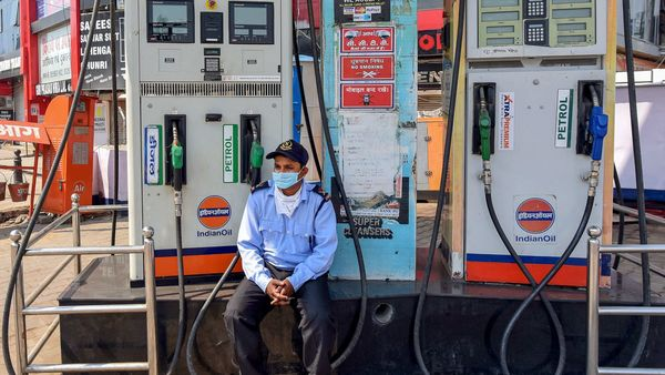 Diesel price in Delhi had reached almost ₹82 per litre since June 7. (File photo used for representational purpose only). (PTI)
