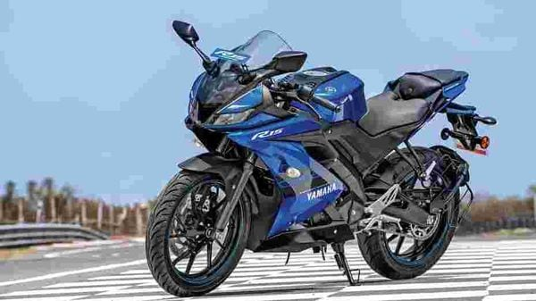 The third generation of the Yamaha YZF R15 looks terrific and, more importantly (and finally), it has a balanced overall design.
