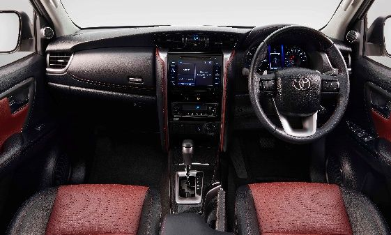 On the inside, the car gets a dual-tone dashboard, metallic accents and woodgrain-patterned ornamentation. It also gets digital high-tech optional accessories such as Head up Display, tyre pressure monitor and wireless smartphone charger.