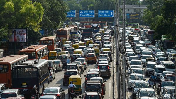 Traffic jam at the ITO junction in New Delhi. (File photo used for representational purpose) (MINT_PRINT)
