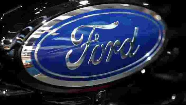 Ford seizes on euro rally with exports of Explorers and Mustangs