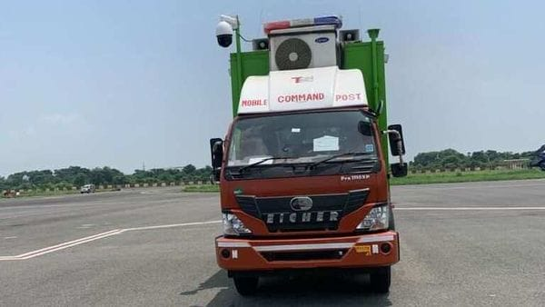 Photo of the Mobile Command Post vehicle commissioned by the Kolkata airport. (Photo courtesy: Twitter/AAI_Official)