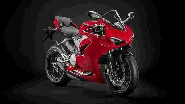 Ducati Panigale V2 is a successor of the Panigale 959.