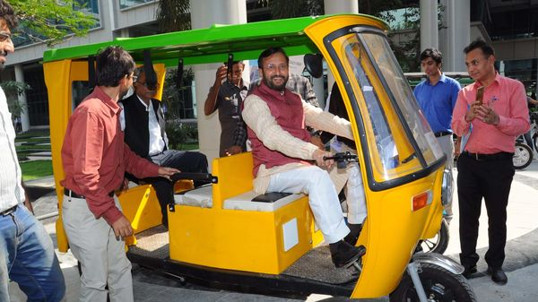 Union Minister Prakash Javadekar riding an electric three-wheeler for which Grinntech developed and licensed low-cost lithium-ion battery. (Photo courtesy: Twitter/@IITMIC)