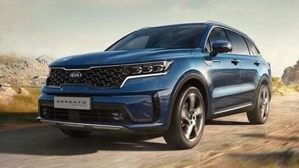 New Kia Sorento PHEV will have turbo-hybrid powertrain with 1.6-litre T-GDi engine and six-speed automatic transmission.