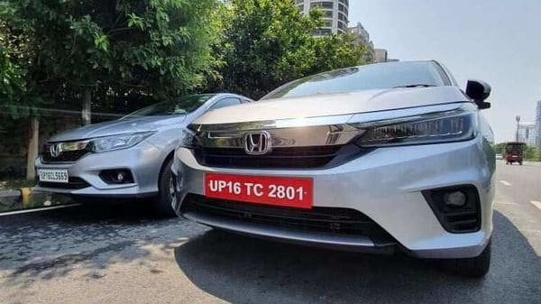 Honda will sell the fourth-generation (left) and the new fifth-generation City simultaneously. (HTAuto/Sabyasachi Dasgupta)
