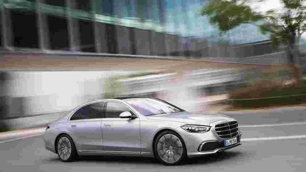 The wheel size on the new S-Class ranges between 19 and 21 inches.