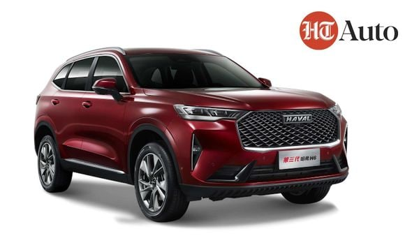 The new Haval H6 boasts of at least three world's-first features.