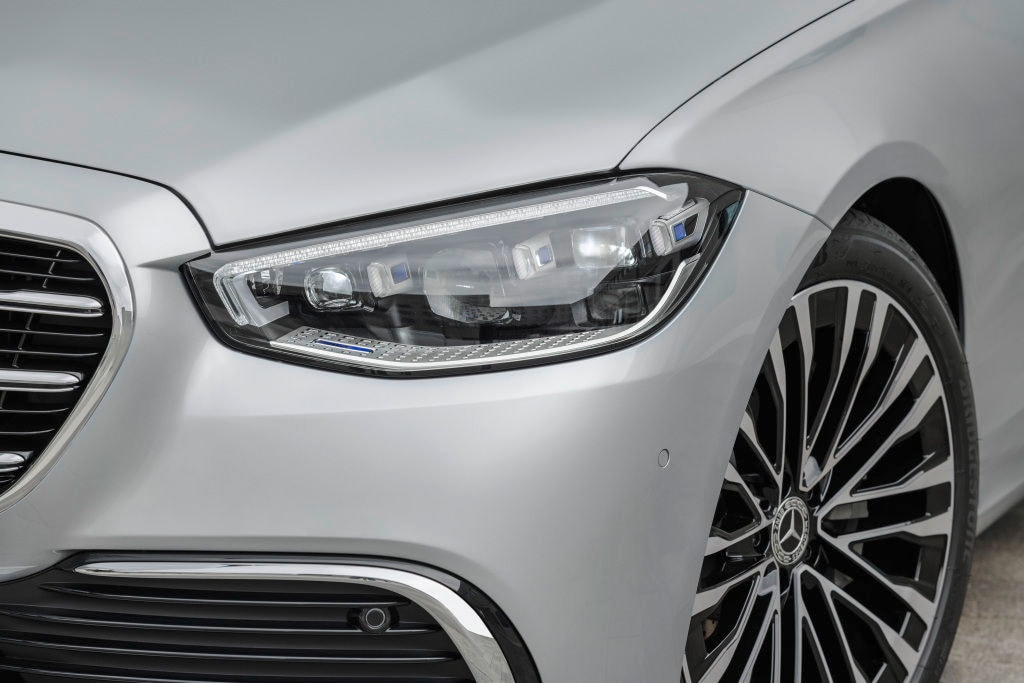 The head light units on the new Mercedes S-Class are now sharper and more striking than ever before.