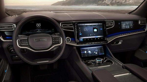Grand Wagoneer Concept seeks to have a screen for every passenger in the car.