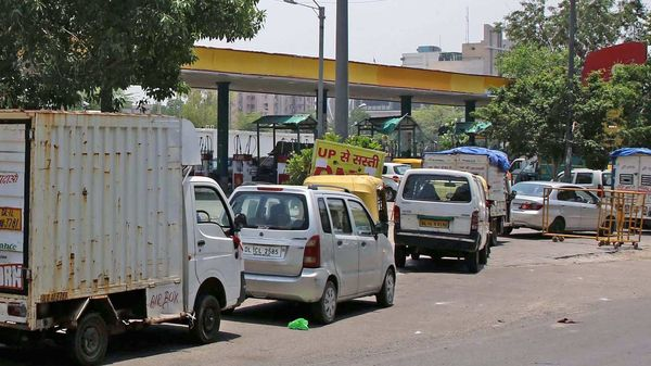 File photo: Vehicles line up at a CNG station.
