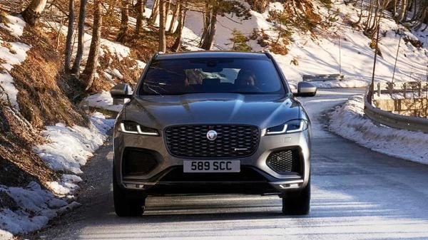 For 2021, Jaguar offers the F-Pace in four trim levels: F-Pace 250, 250 S, S 340 and R-Dynamic S 400. The 250 models are powered by a new 2.0-liter turbocharged four-cylinder engine. 246 horsepower in both trim level.