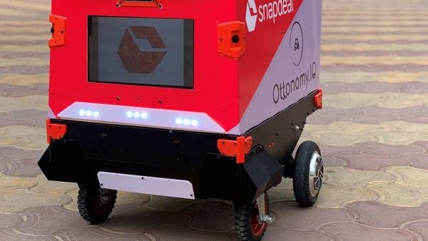 Snapdeal and autonomous mobility startup Ottonomy IO have tested delivery robots which could provide safer last-mile delivery options.