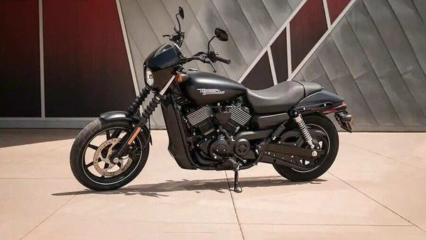 The Harley-Davidson Street 750 is now priced at ₹4.69 lakh (Vivid Black colour option) which is a direct reduction of ₹65,000 against the previous price.