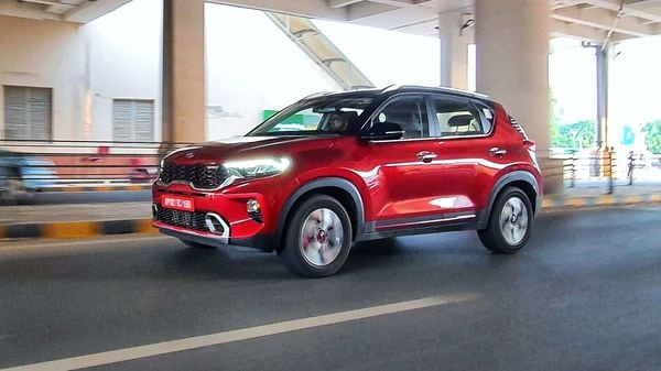 Sonet has been launched by Kia in the lucrative sub-compact SUV segment.