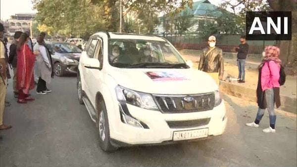 A car rally was organised by an NGO in collaboration with Srinagar traffic police to bust myths related to women drivers. (Photo courtesy: Twitter/@ANI)