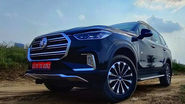 MG Gloster will face off against Endeavour and Fortuner even if the company says this SUV aims for more menacing rivals like Prado and Pajero. (HT Auto photo)