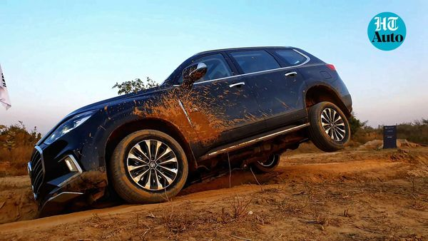 MG Gloster claims to be a confident ride on roads but can handle a wide variety of terrains. (HT Auto/Sabyasachi Dasgupta)