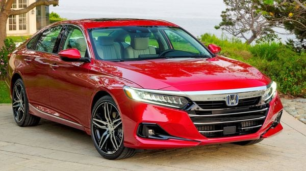 Honda has showcased the 2021 Accord with the promise of a drive that is not just visually attractive but also loaded with features. The car gets the same engine options as before while also offering a hybrid option.