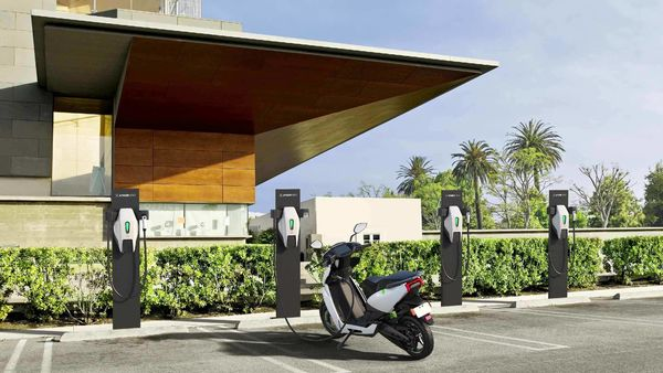 Ather Energy begins setting up of one of India's biggest public charging infrastructure with Ather Grid.