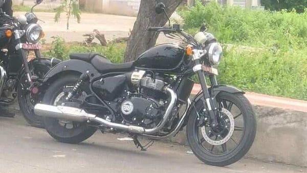 Royal Enfield's upcoming 650 cc cruiser. Image Courtesy: Facebook/Royal Enfield Delhi Group